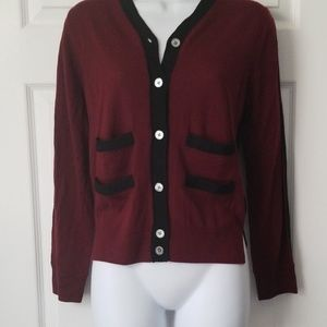 Marc Jacobs v neck cropped sweater size L
